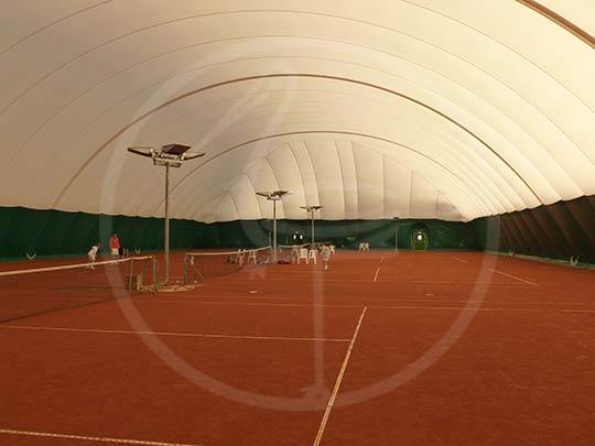 Pressostatico membrana doppia per 4 campi da tennis