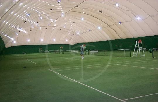 Pressostruttura doppia membrana 4 campi da tennis