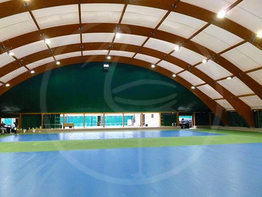 Tent structure for 2 tennis courts