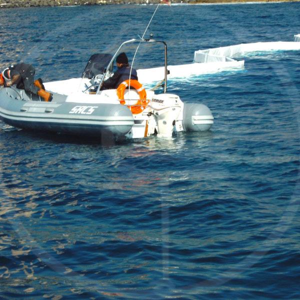 Eingrenzungssperren für Binnengewässer