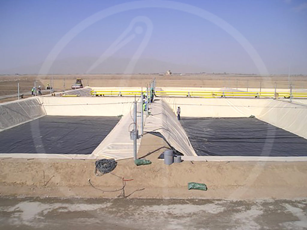 geomembrane liner for tanks measuring 30x25 mt.