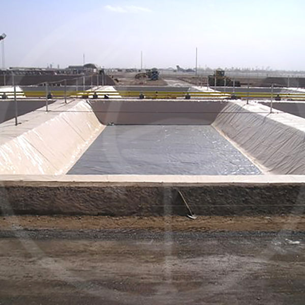 geomembrane liner for containment tanks measuring 45x35 mt.