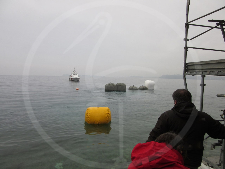 Épave de récupération marine au lac de Garde