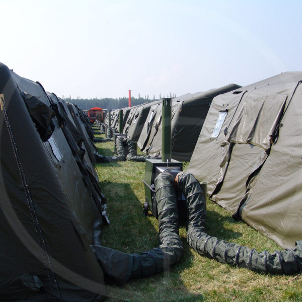 Detail – Verbindungen zw. aufblasbaren Zelten